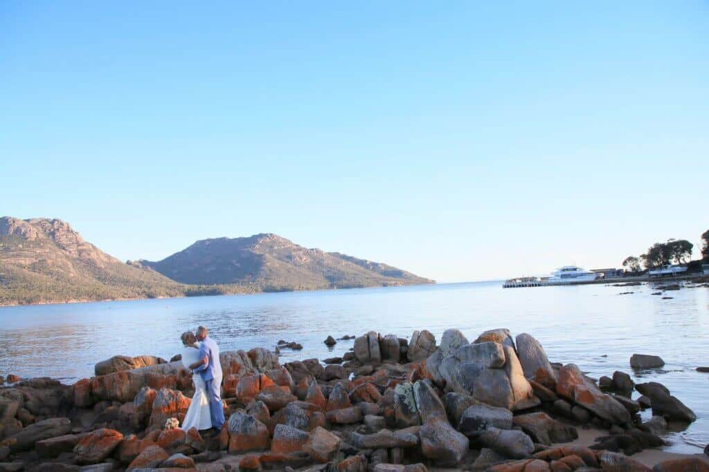 Linda pasfield photography tasmania weddings hobart wedding photographer