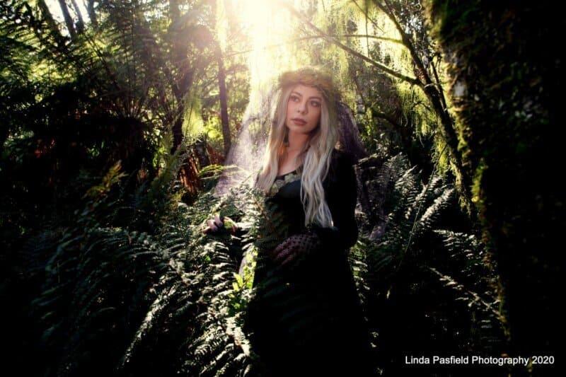 Linda pasfield photography tasmania launceston hobart wedding photographers